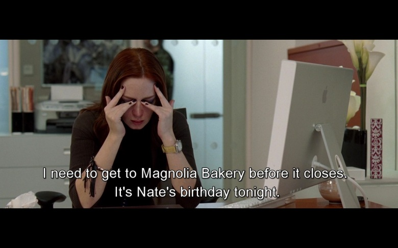 Magnolia-Bakery-And-Apple-Monitor-–-The-Devil-Wears-Prada-2006